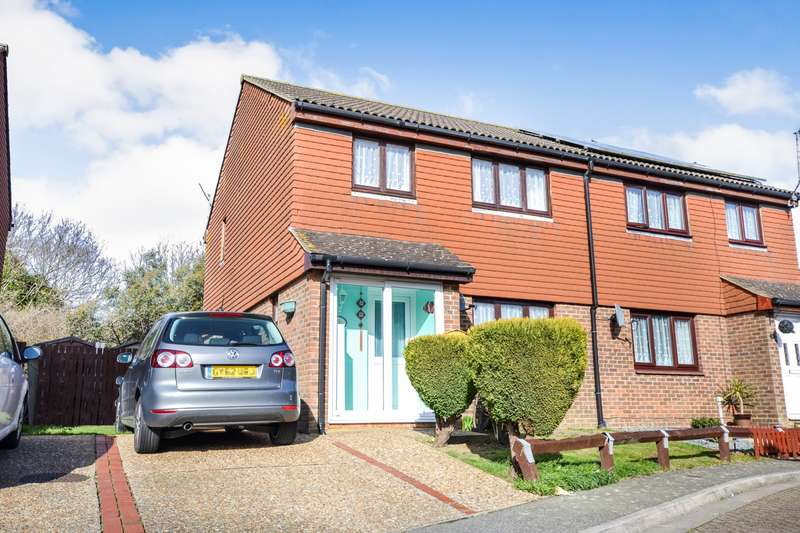 3 Bedrooms House for sale in Pagham Close, Eastbourne, BN23