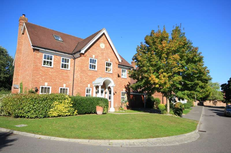 6 Bedrooms Detached House for rent in Copperfields, Caversham, Reading, RG4