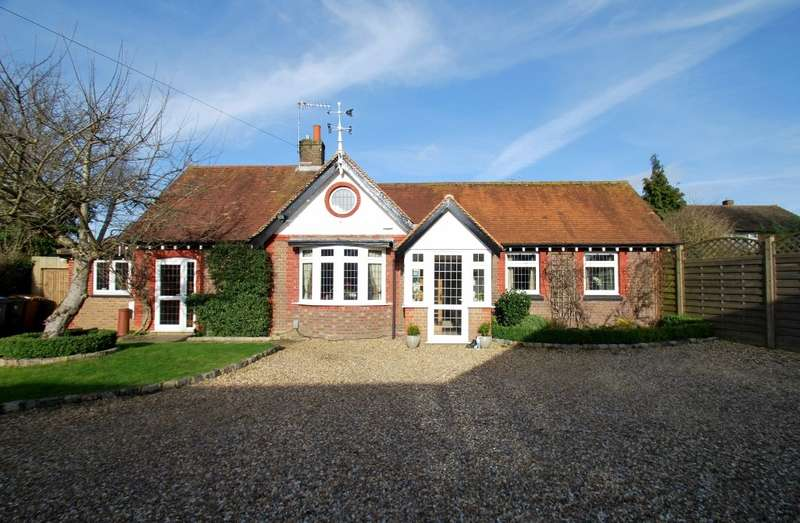 5 Bedrooms Detached House for sale in Lye Green Road, Chesham, HP5