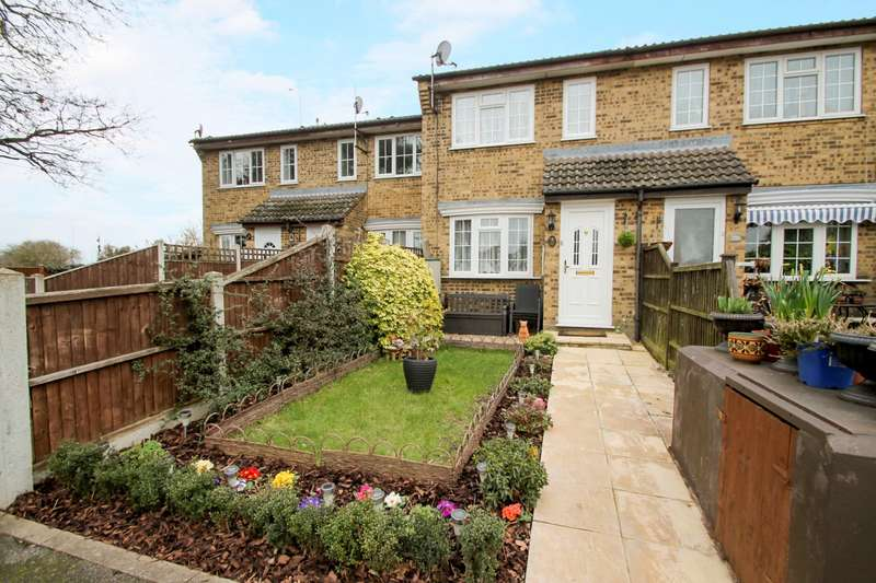 1 Bedroom Terraced House for sale in Reedsfield Road, Ashford, TW15