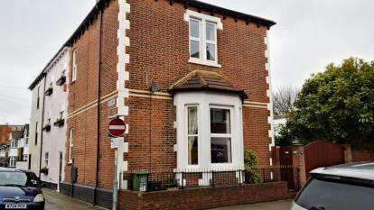 3 Bedrooms End Of Terrace House for sale in The Retreat, Southsea