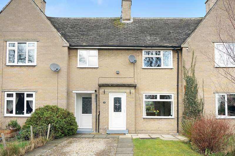 3 Bedrooms Terraced House for sale in Church Causeway, Thorp Arch, Wetherby, LS23