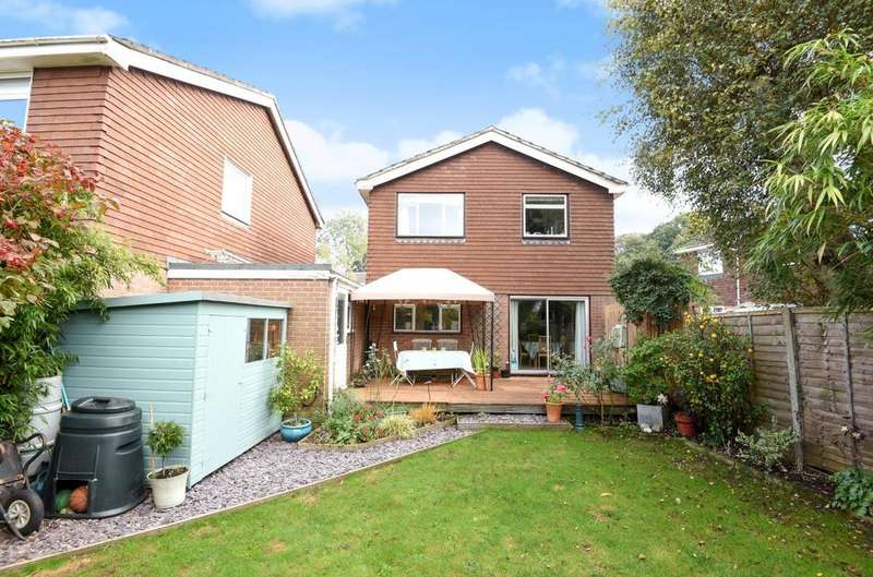 4 Bedrooms Detached House for sale in Patricks Copse Road, Liss, GU33