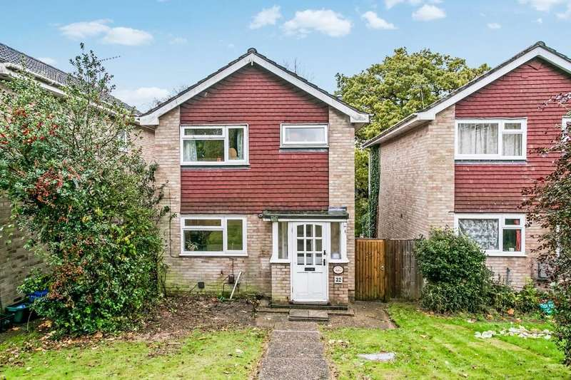 3 Bedrooms Detached House for sale in Sir Davids Park, Southborough