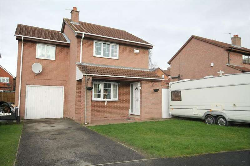 3 Bedrooms Detached House for sale in Lakeland Close, Cudworth, Barnsley, S72