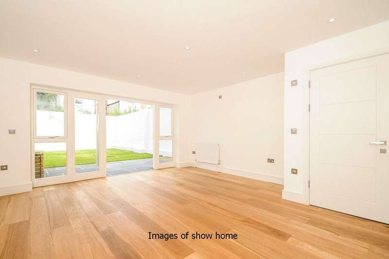 3 Bedrooms Town House for sale in Effra Road, Wimbledon, SW19