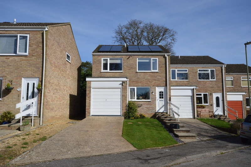 3 Bedrooms Semi Detached House for sale in Glen Spey, Ashley