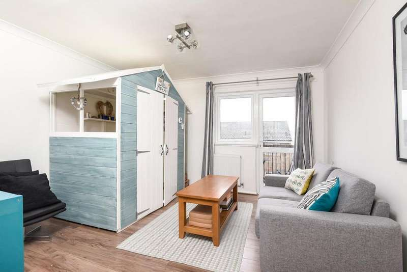 2 Bedrooms Flat for sale in Winchester Close, Walworth, SE17