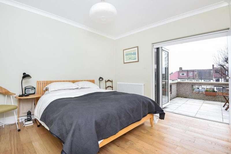 2 Bedrooms Flat for sale in St. Julians Farm Road, West Norwood, SE27