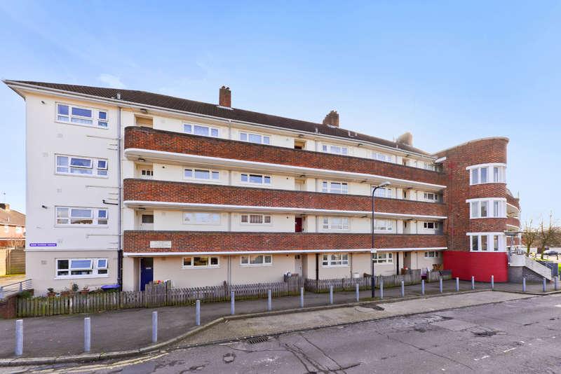 3 Bedrooms Flat for sale in Keir Hardie House, Marian Way, Harlesden