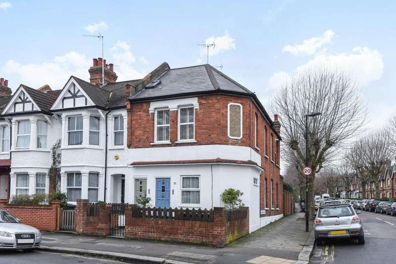 2 Bedrooms Maisonette Flat for sale in Nightingale Lane, Crouch End, N8