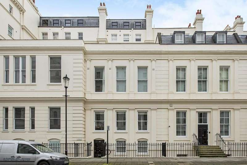 4 Bedrooms Flat for sale in Lancaster Gate, Bayswater, W2