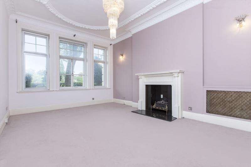 4 Bedrooms Apartment Flat for sale in North Gate, Prince Albert Road, London, NW8