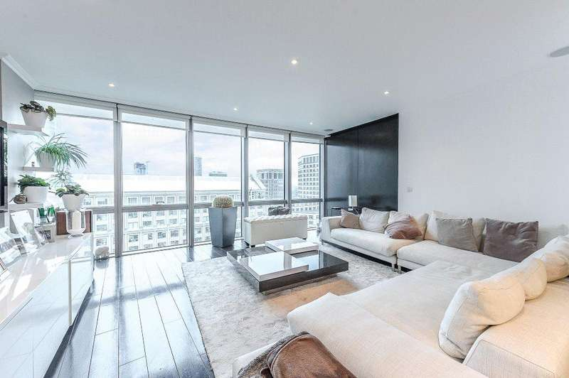 2 Bedrooms Flat for sale in West India Quay, 26 Hertsmere Road, Canary Wharf, London, E14