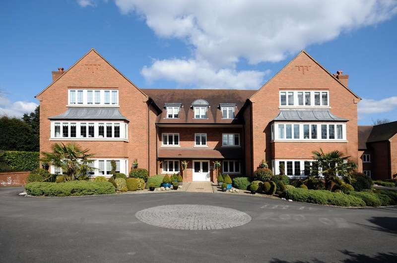 3 Bedrooms Apartment Flat for sale in Bishops House, Kings Court, 42 Four Oaks Road, Four Oaks, Sutton Coldfield, B74 2UP