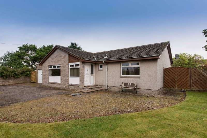 3 Bedrooms Bungalow for sale in Gowanhill, Rathen, Fraserburgh, Aberdeenshire, AB43 8UX
