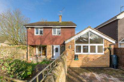 House for sale in Tithe Barn, Felmersham, Bedford, Bedfordshire