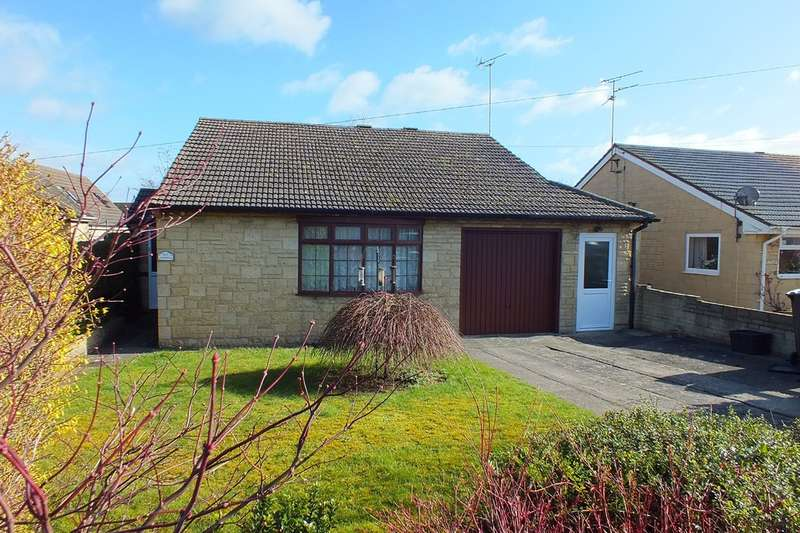4 Bedrooms Detached Bungalow for sale in South Cerney