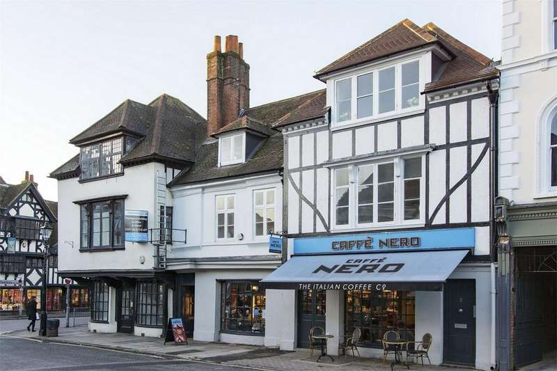 1 Bedroom Flat for sale in Farnham, Surrey