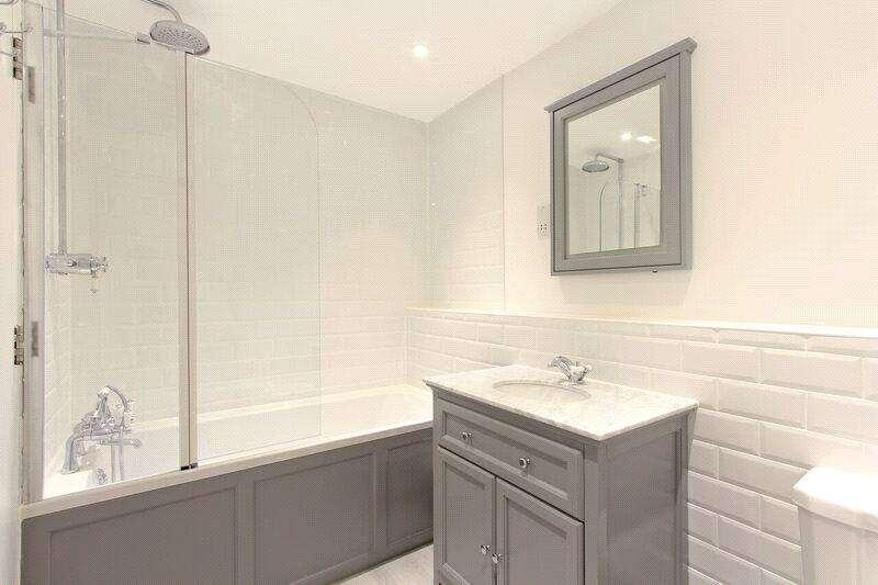 2 Bedrooms Flat for sale in Pilgrim House, 16 Mayflower Street, London, SE16