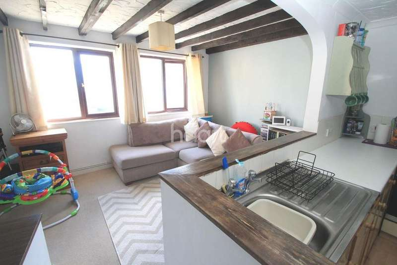 2 Bedrooms Terraced House for sale in Hill Park Mews, Greenbank