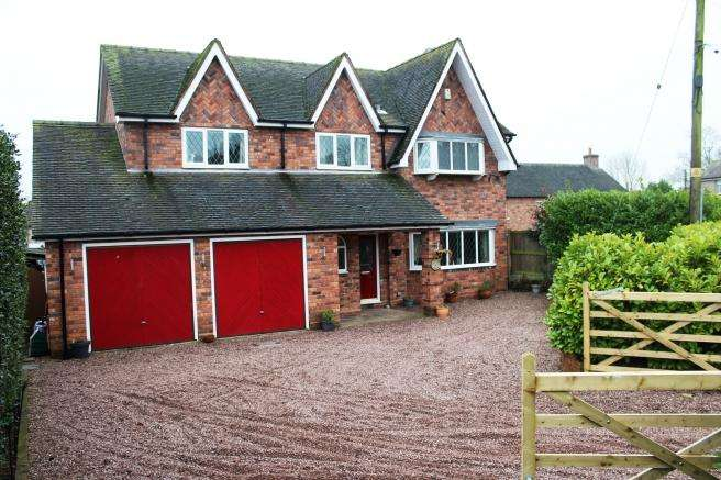 4 Bedrooms Detached House for sale in Orchard Croft, Cross Street, Gnosall, Staffordshire, ST20 0BX