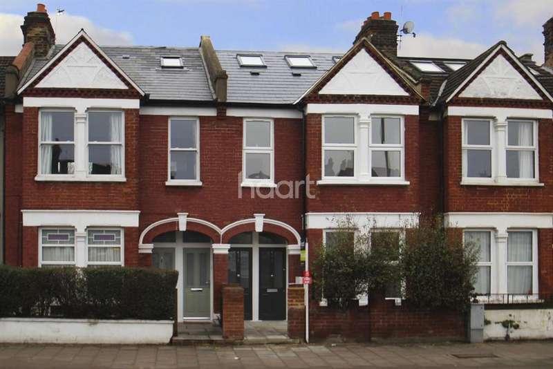 3 Bedrooms Flat for sale in Merton Road, Earlsfield, SW18