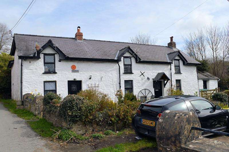 7 Bedrooms Detached House for sale in Llwyn Iwan , Rhydlewis, Llandysul, Ceredigion. SA44