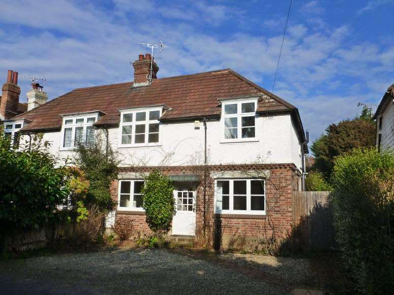 4 Bedrooms Semi Detached House for sale in The Meads, Hartley, Cranbrook, Kent, TN17 3QB