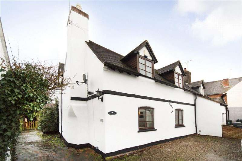 4 Bedrooms Semi Detached House for sale in Witley Road, Holt Heath, Worcester, Worcestershire, WR6