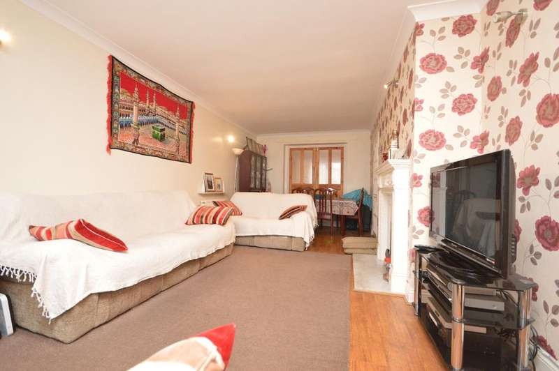 3 Bedrooms Terraced House for sale in Whitbread Road London SE4