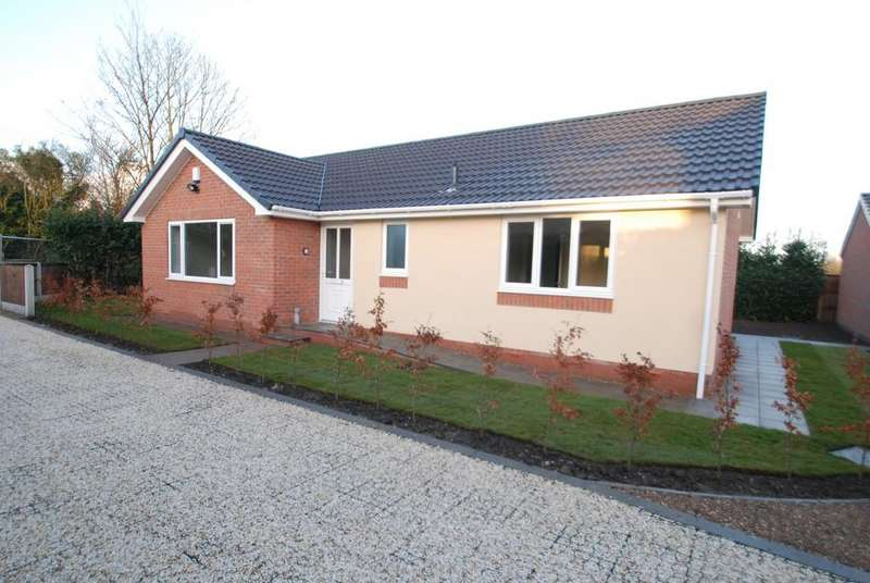 3 Bedrooms Detached Bungalow for sale in Darfield Road, Cudworth, Barnsley S72