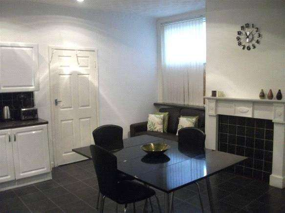 3 Bedrooms Terraced House for sale in Markfield Road, Bootle, Liverpool, L20
