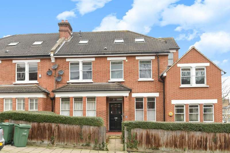 2 Bedrooms Flat for sale in Alexandra Drive, Crystal Palace, SE19