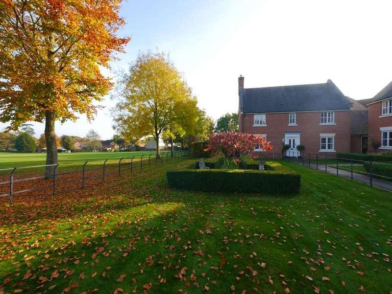 4 Bedrooms Detached House for sale in Fulchers Field, Framlingham, Suffolk
