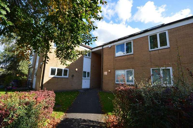 1 Bedroom Apartment Flat for sale in Chedlee Drive, Cheadle Hulme