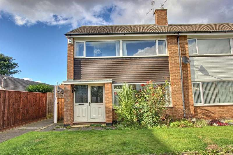 3 Bedrooms Semi Detached House for sale in Swainby Close, Acklam