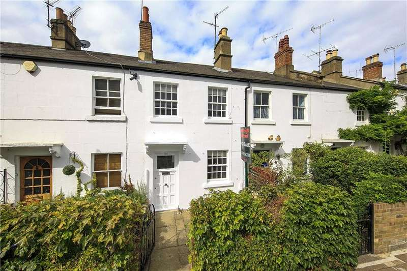 2 Bedrooms Terraced House for sale in Old Palace Lane, Richmond, London, TW9