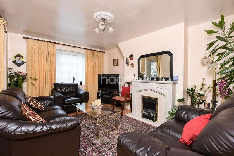 3 Bedrooms Flat for sale in Aytoun Road, Stockwell, SW9 0TY