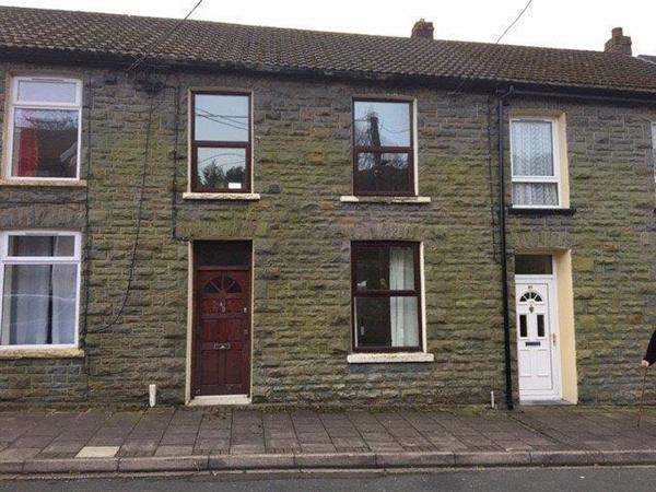 3 Bedrooms Terraced House for sale in Bodringallt Terrace, Pentre, Ystrad