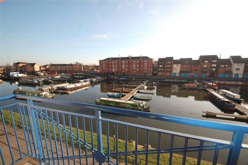 2 Bedrooms Apartment Flat for sale in Grenville Court, The Docks, Bridgwater, Somerset, TA6