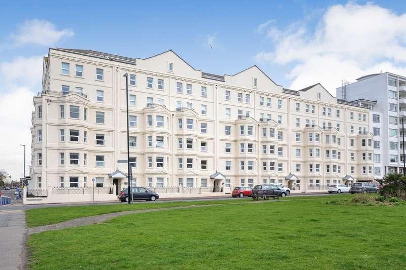 2 Bedrooms Flat for sale in Berkeley Court, Wilmington Square, Eastbourne, BN21