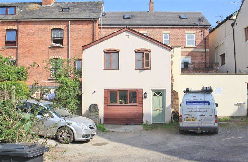 1 Bedroom Flat for sale in Corpus Christi Lane, ROSS ON WYE