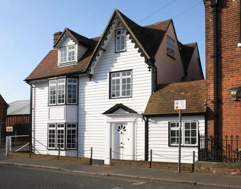 4 Bedrooms Town House for sale in High Street, Burnham-on-Crouch