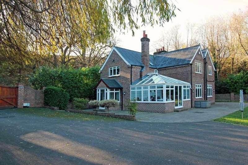 3 Bedrooms Detached House for sale in Tilley Lane, Headley
