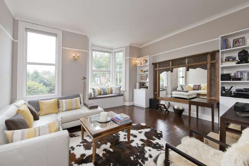 3 Bedrooms Flat for sale in Brewster Gardens, North Kensington W10