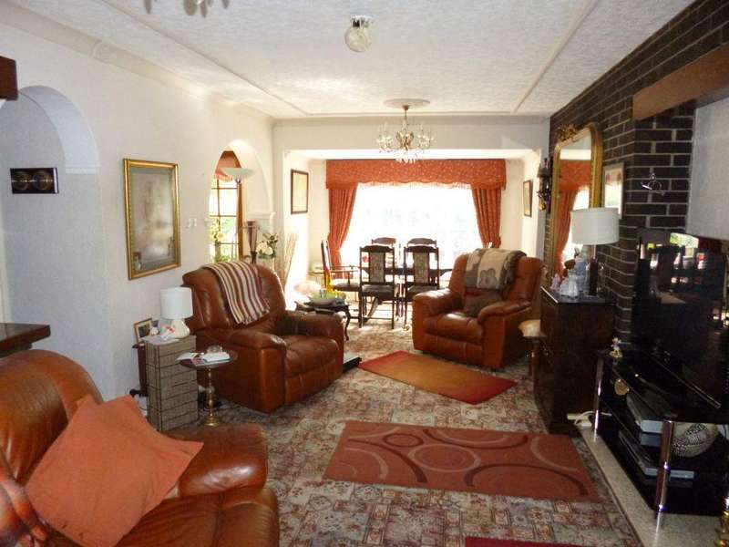 4 Bedrooms Detached House for sale in Woodyers House, Thorpe In Balne