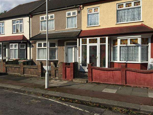 1 Bedroom Terraced House for sale in Johnstone Road, High Street South, London