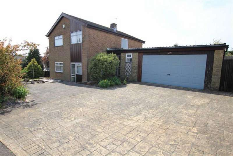 4 Bedrooms Detached House for sale in Aylmer Grove, Newton Aycliffe, County Durham