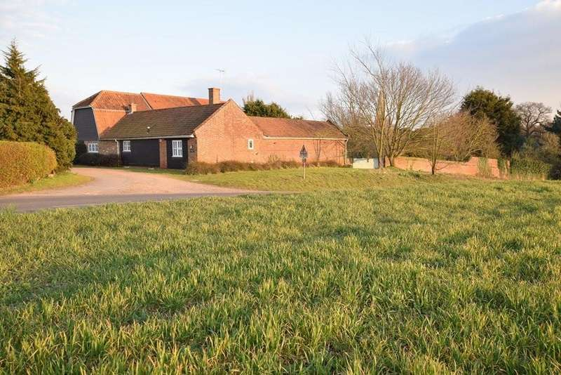 5 Bedrooms Detached House for sale in Birch